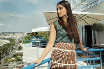 Sonam-Kapoor-In-Cannes-2012-1