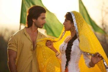 Teri-Meri-Kahaani-Love-Story-1