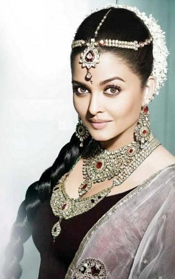 Aishwarya-Rai-Bachchan-New-Picture-For-Kalyan-Diamond-Jewellers_1
