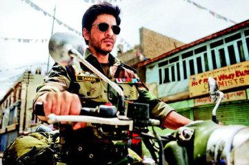 Shahrukh-Khan-As-An-Army-Officer-Ladakh-For-Yash-Chopra-Next-tbwm