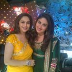 Kareena-With-Madhuri-On-Jhalak