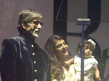 Aaradhya Bachchan-At-Amitabh-Bachchan-Birthday-Bash-1