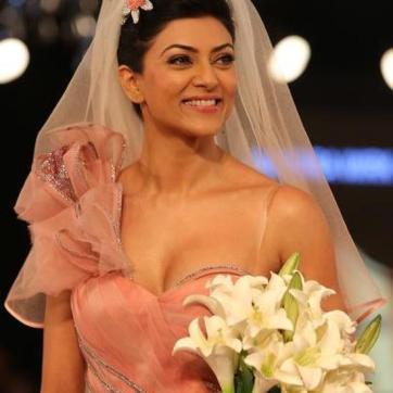 Sushmita-Sen-Wedding-In-2013