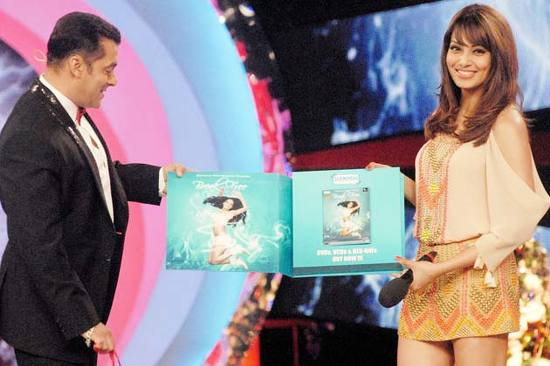 Bipasha-Basu-Salman-Khan-On-Bigg-Boss