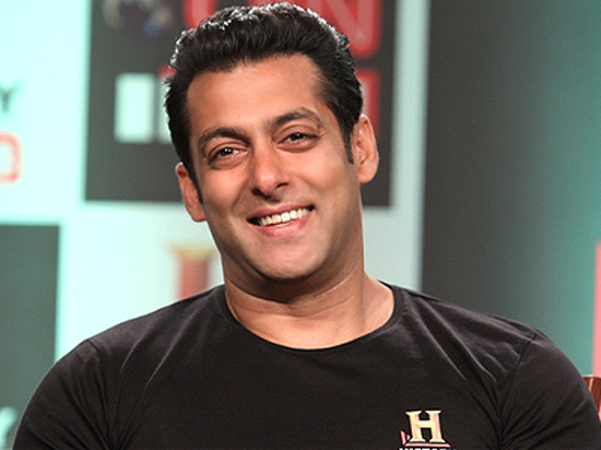 Salman-Khan-Supports-Shahrukh Khan-On-Bigg-Boss-6