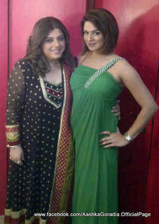 Aashka Goradia-With-Delnaz Irani-Bigg Boss 6 Finale