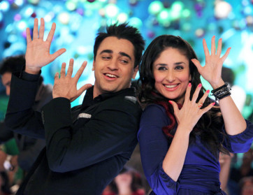 Gori-Tere-Pyar-Mein-Imran-Kareena-New-Film-tbwm