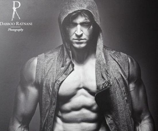 Hrithik Roshan-Dabboo Ratnani 2013 Calendar-Pic