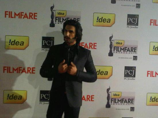 Ranveer-Singh-At-Filmfare-Awards-2013