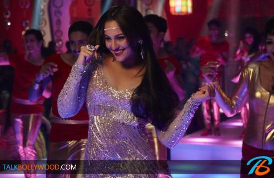 Sonakshi-Sinha-Disco-Song-In-Himmatwala-tbwm