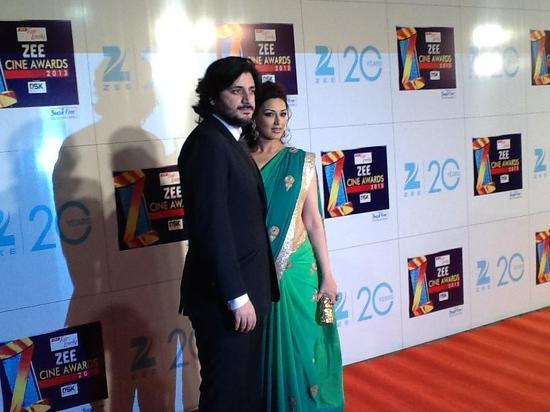 Sonali Bendre-At-Zee Cine Awards 2013