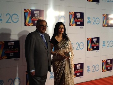 Sridevi-At-Zee Cine Awards-2013