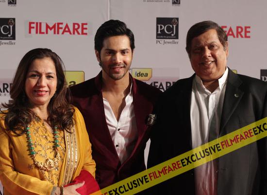 Varun-Dhawan-At-Filmfare-Awards-2013
