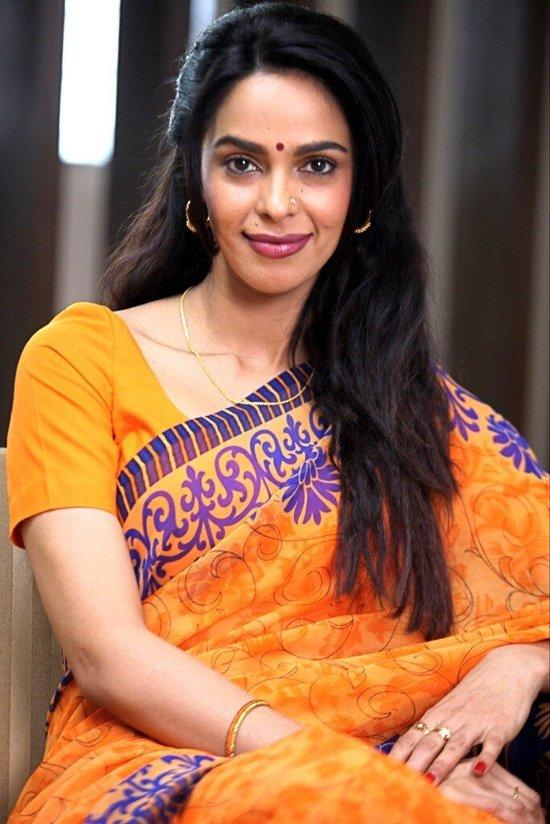 Mallika-Sherawat-In-Dirty-Politics