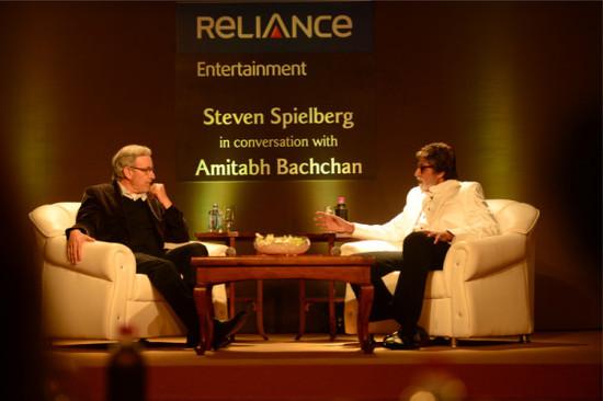 Amitabh-Bachchan-With-Steven-Spielberg (1)