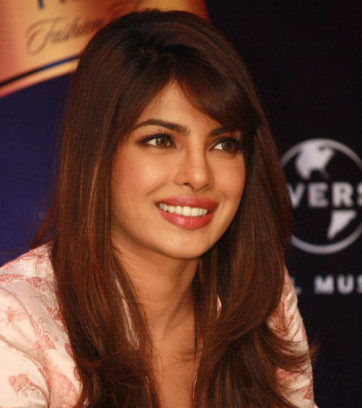 Priyanka-Chopra-Disappointed-Over-Barfi-Not-Winning-National-Award