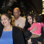 Aaradhya-Bachchan-With-Aishwarya-Rai-Bachchan-Return-From-USA