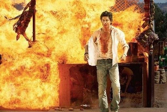 SRK-Chennai-Express-Action-Pic