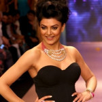 Sushmita-Sen-Denies-Wedding-Rumours-With-Wasim-Akram