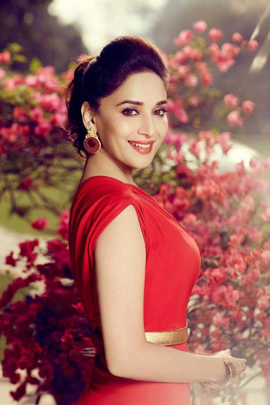 madhuri-dixit-asia-spa-india-magazine-photoshoot